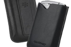 Make An Offer: 400 Blackberry Universal Leather Pouch  New