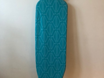 Selling: ironing board/ stand