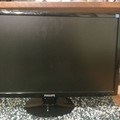 """Selling: Philips LCD monitor 24"""""""