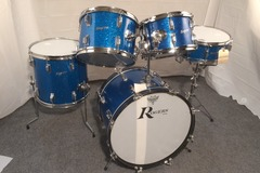 Selling with online payment or cash/check/money order/cash app/Venmo: Rogers vintage 5 pc. kit w clone wood Dynasonic Snare