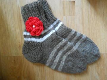 Sale retail: Chaussettes femme en laine tricotés à la main, Chaussettes d
