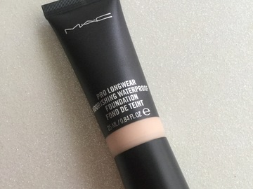 Venta: Mac Pro Long wear waterproof