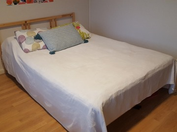 Myydään: IKEA HÖVÅG Bed 140 X 200 (pick-up only 20th or 21st Nov)