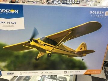 Selling: UMX J-3 Cub BNF