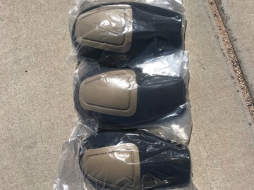 Selling: Crye G2 Knee Pads