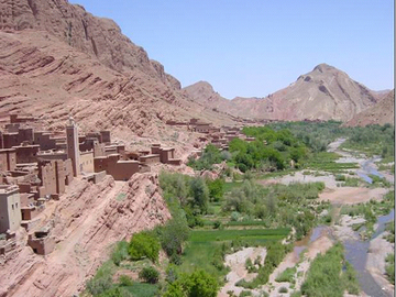 Réserver (avec paiement en ligne): Vallée des roses - Maroc