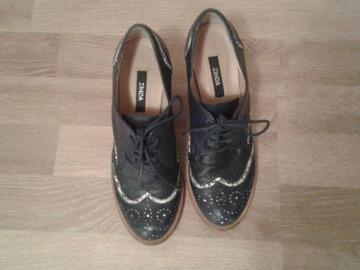Selling: For sale in Helsinki: Zinda Shoes, 36