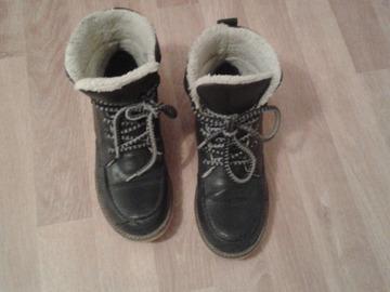 Selling: For sale in Helsinki: Winter shoes, 36