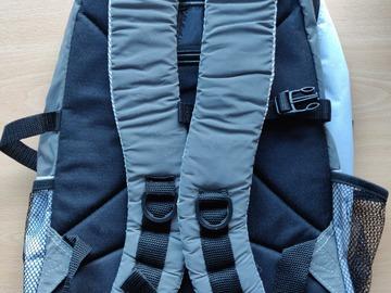 Myydään: Bags