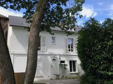 Location: Loue Studio 18m² Maisons-Laffitte parc dans dépendance