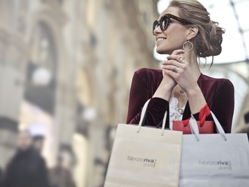 Book a Spree: Example: Luxury Queen Street Mall experience
