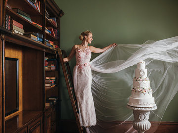 Coaching Session: QUICK CHAT with Australia's leading Haute Couture Cake Designer