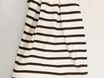 Selling: skirt size:S