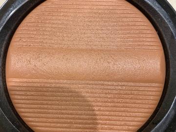 Venta: Bronceador Mac colección