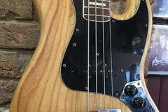 Renting out: Fender Jazz Bass (1978)