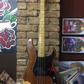 Renting out: Fender Precision Bass (1975)