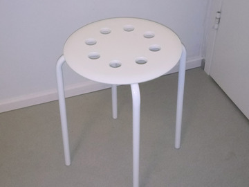 Myydään: IKEA stool