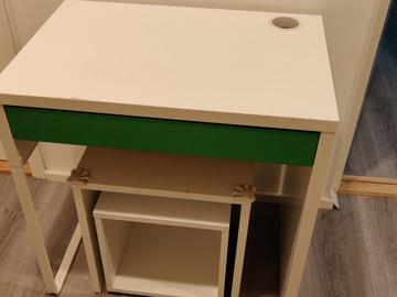 Myydään: Ikea Table