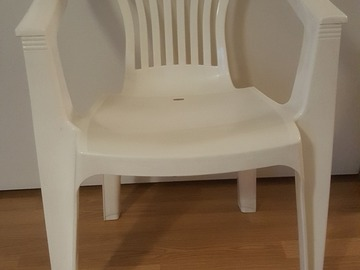 Selling: A pair of relaxing chairs with IKEA table, free delivery.