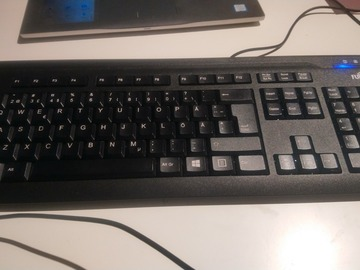 Selling: USB wired Keyboard