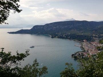 Offering with online payment: GARDA LAKE, walking tour