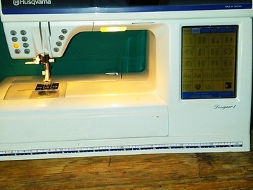 Learn a skill in-person (1-on-1): Sewing machine instructions , how to use