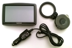 Selling: TomTom XL IQ Routs Navigator