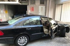 Selling: Mercedes E 280