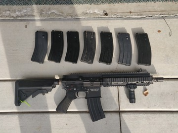 Selling: WTS - WE Tech HK416 with 8 Magazines