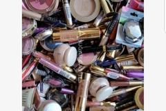 Buy Now: Mixed lot of 100 pcs Milani makeup $800 retail
