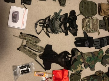 Selling: Bunch of gear and accessories