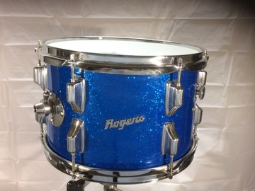 Selling with online payment: Rogers 8x12 Blue Sparkle tom - Cleveland era $175 obo