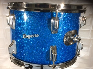 Selling with online payment or cash/check/money order/cash app/Venmo: Rogers Holiday 9x13 tom blue sparkle