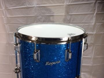 SOLD!: SOLD! Rogers 14x14 blue sparkle floor tom