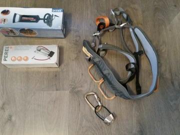 Myydään: Climbing harness, foot pumps