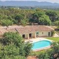 NOS JARDINS A LOUER: Jardin et piscine à débordement, Roquebrune / Argens 83520