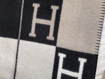 Selling: NEW Hermes Throw Blanket