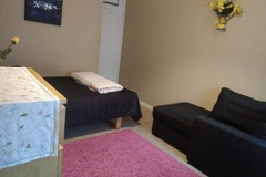 Renting out: Furnished room