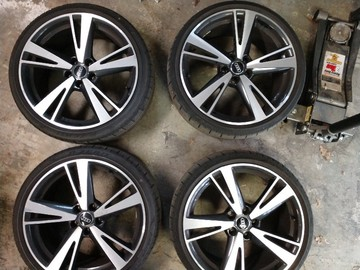 Selling: 4 x Audi Sport 19*8.5 wheels with tires