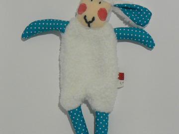 Vente au détail: Doudou Mouton Blanc - turquoise/pois blancs