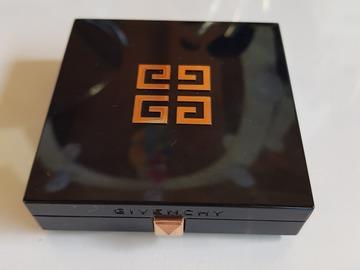 Venta: Givenchy broncer (certificado)