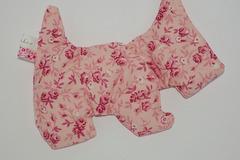 Sale retail: Bouillotte sèche - Chien rose fleuri - création originale