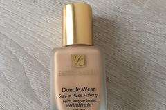 Venta: Double Wear Stee Lauder