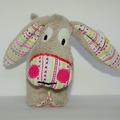 Sale retail: Petit âne gris - rayures colorées - création originale