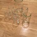 Ilmoitus: Erikokoisia lasipurkkeja