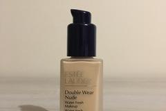 Venta: Double Wear Nude con dispensador- Estee Lauder
