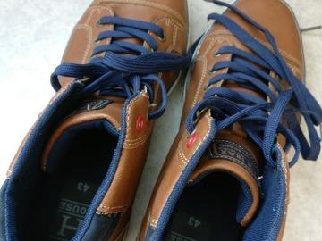 Myydään: Shoes (size 43 Eu)