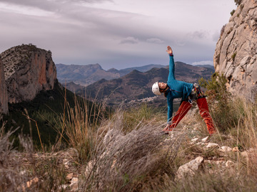 Service/Event: Yoga & Climbing Retreat - Strong Body. Strong Mind.