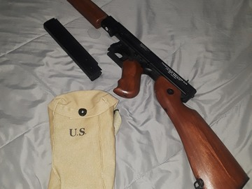 Selling: WW2 Thompson M1A1 AEG