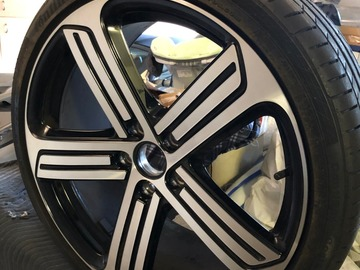 "Selling: VW MK7 Golf R OEM 19"" Cadiz Wheels with OEM Tires 4600 soft miles"